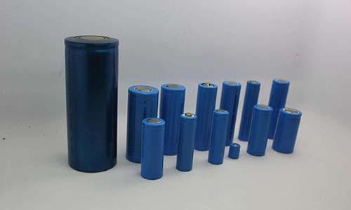 圆柱形电池.jpg