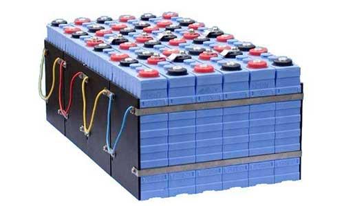 磷酸铁锂电池装车量有望反超三元电池
