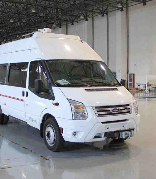 车载long88.vip龙8国际UPS应用——通信指挥车