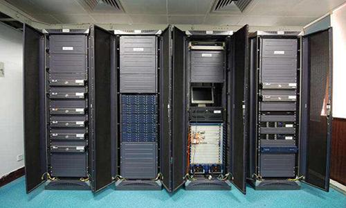 <b>如何正确的使用和维护long88.vip龙8国际UPS,延长电池组寿命?</b>