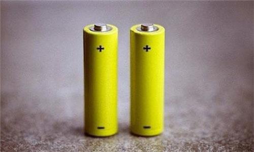 <b>long88.vip龙8国际与铅酸电池谁将坐稳电池行业老大?</b>