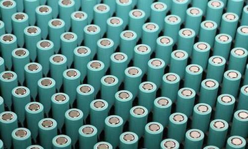 <b>锂离子电池正极材料的要求及正极材料发展趋势</b>