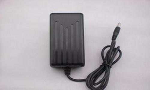 <b>long88.vip龙8国际、蓄电池充电器和适配器的区别</b>