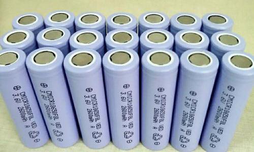 <b>影响锂离子电池循环性能和循环寿命的因素</b>